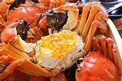 真的假的?吃柿子再吃螃蟹会中毒?!