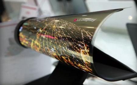LG 展示超炫「报纸屏幕」: 随时卷起, 随身携带